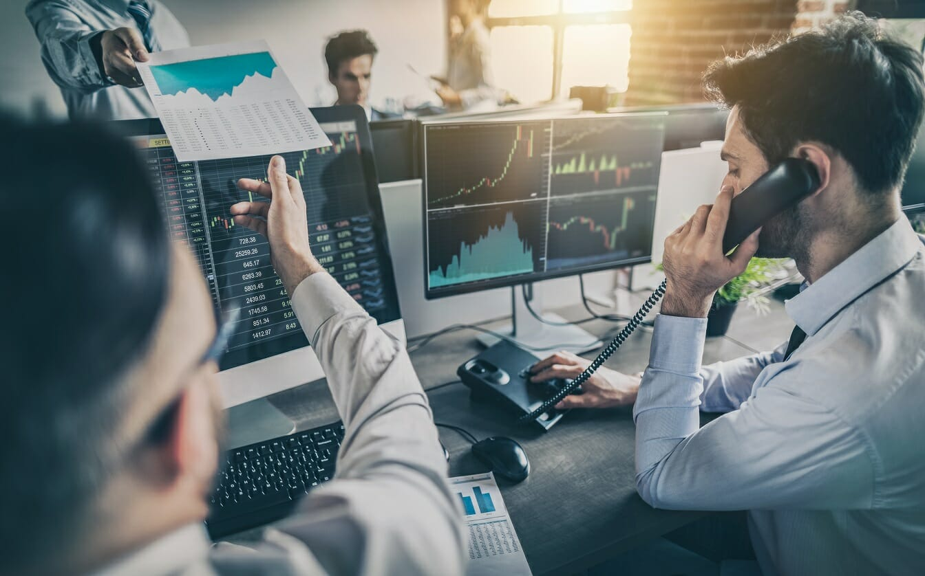 How to choose the best investment platform for stock trading?
